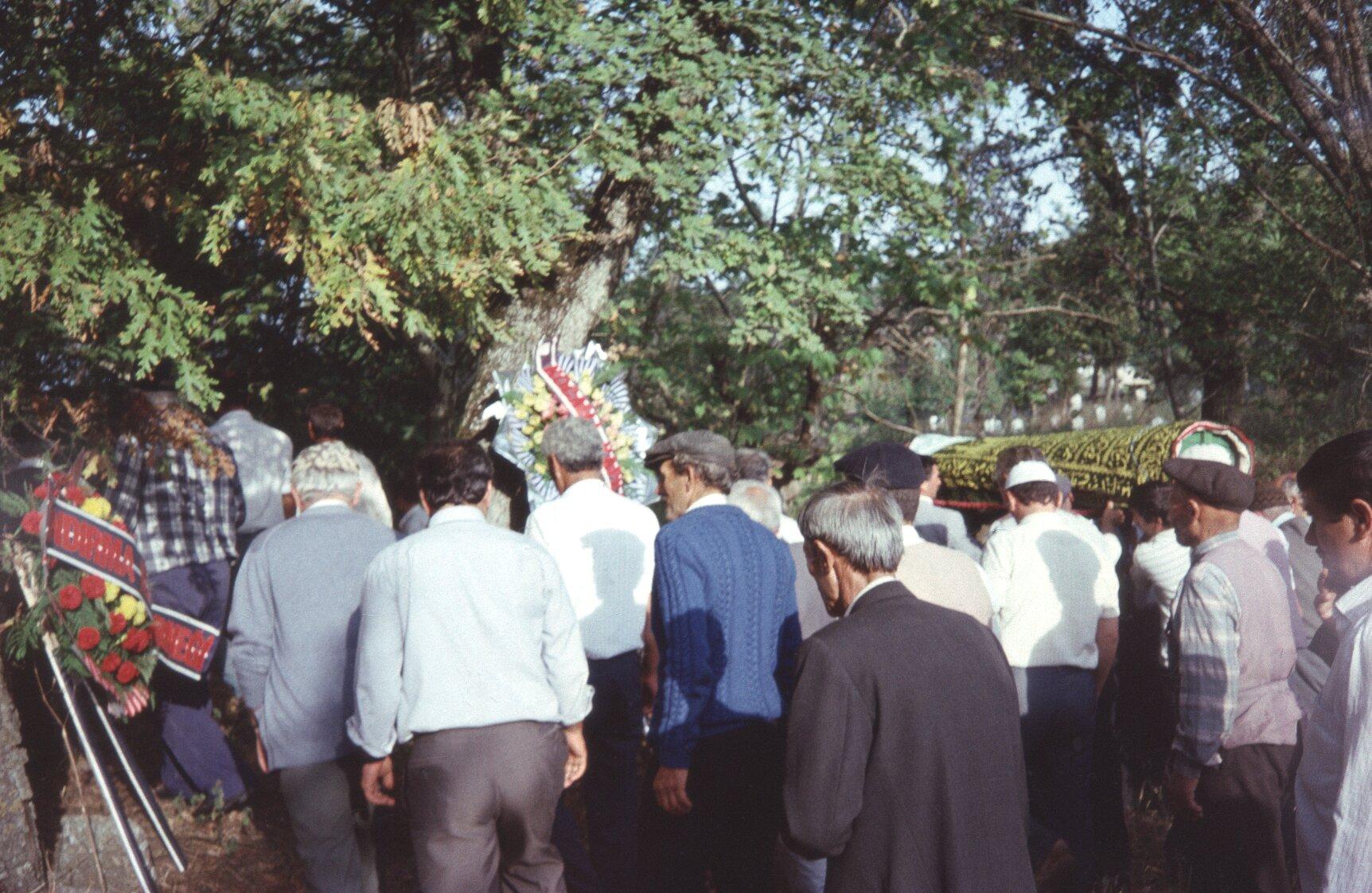 028 nabij begraafplaats